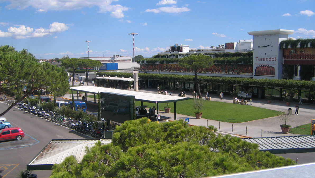Aeroporto Pisa : Aeroporto galileo galilei pisa toscana film commission