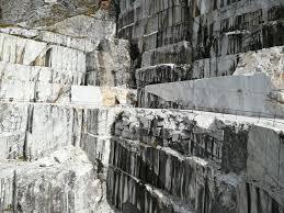 cave henraux grande